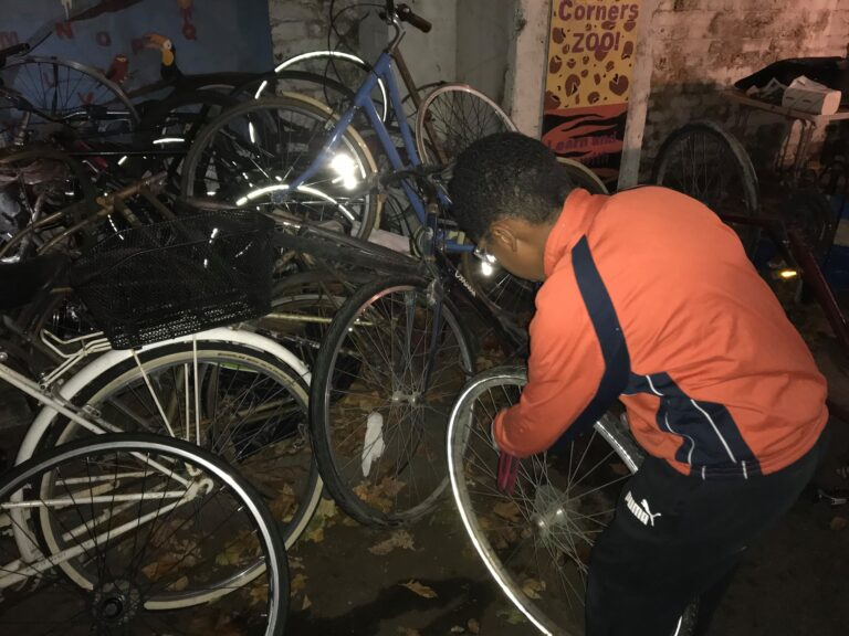 Build And Earn A bike Project